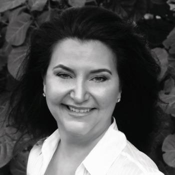 Photo of LeAnn Pliske