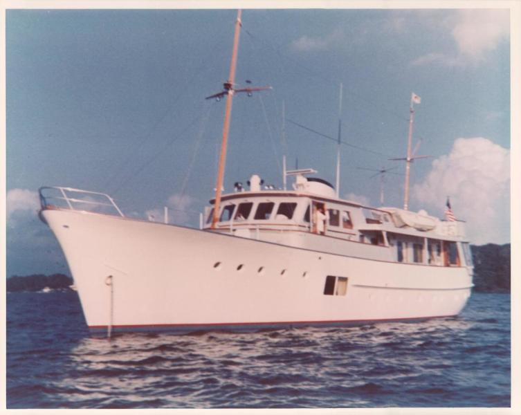 photo of 86' Feadship Classic Canoe Stern 1964