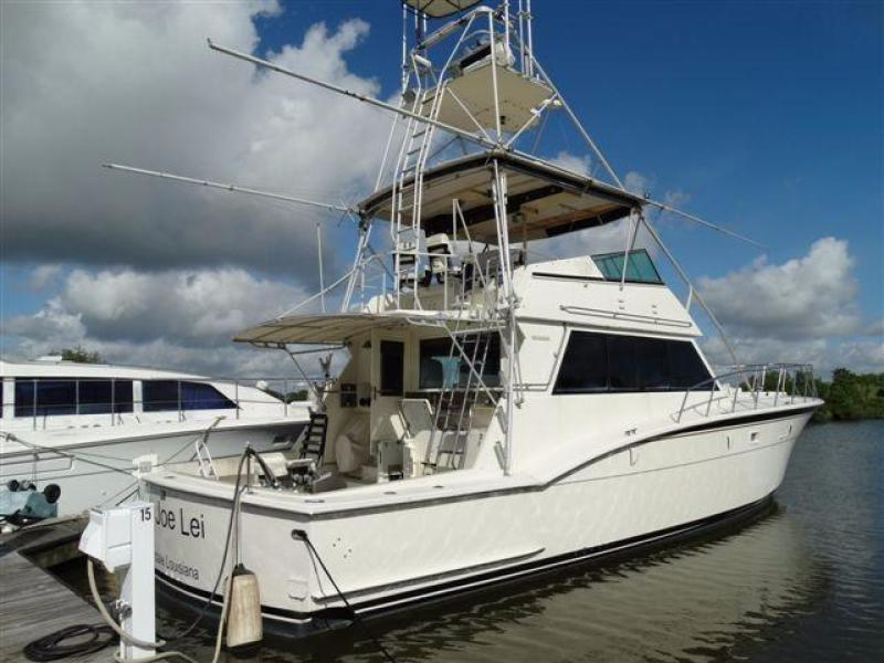 photo of 55' Hatteras Convertible 1985