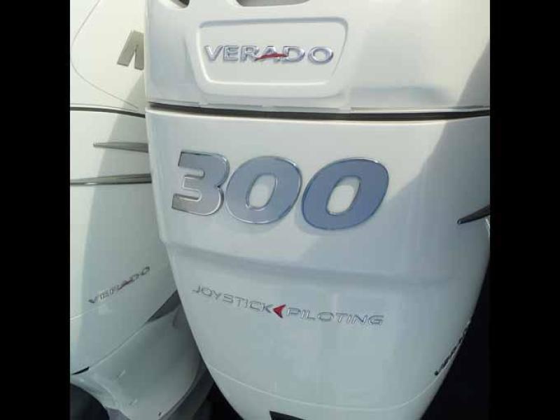 WHITE 300HP VERADOS