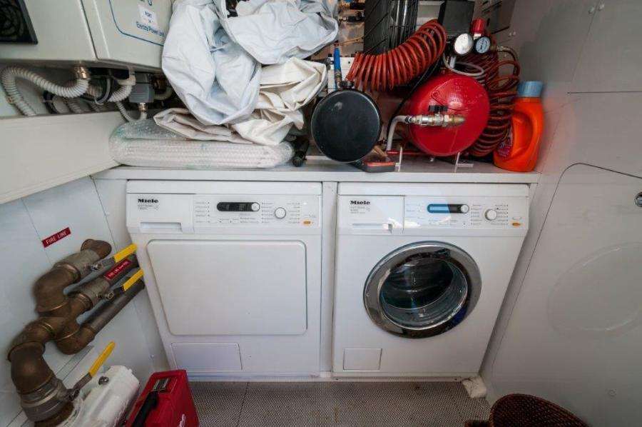 2015 Maiora 84 Motor Yacht Laundry Never Rest