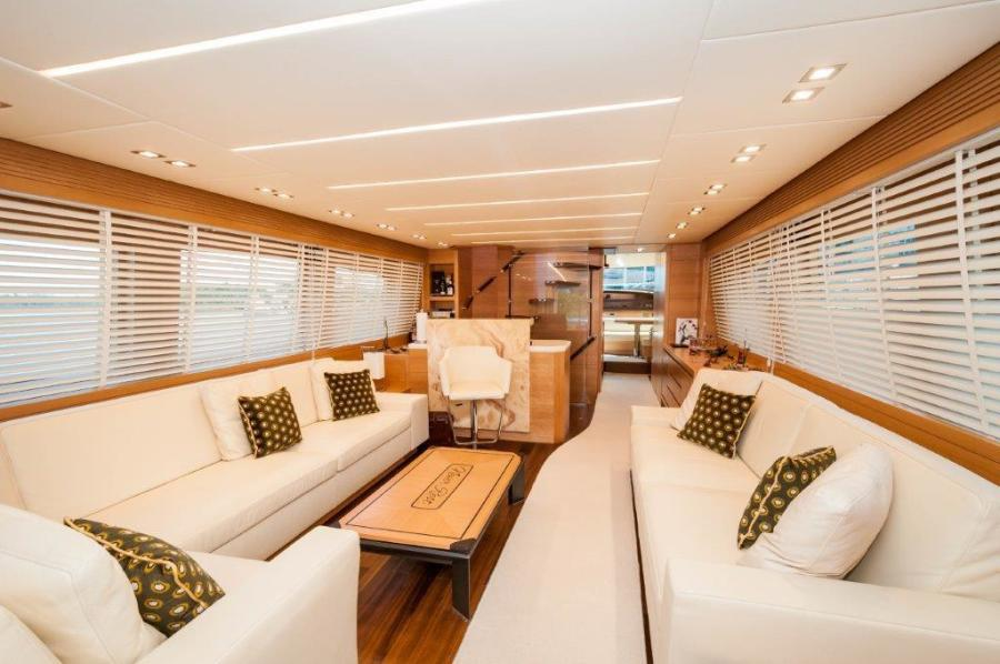 2015 Maiora 84 Motor Yacht Salon Never Rest