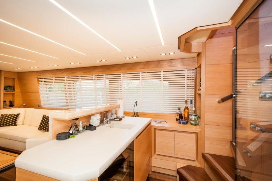 2015 Maiora 84 Motor Yacht Salon Bar Never Rest