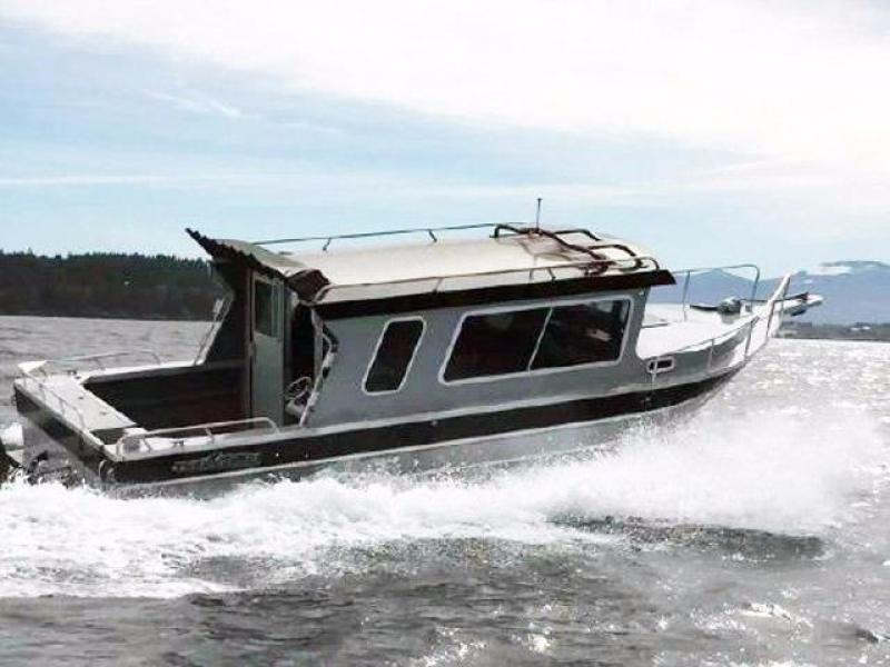 photo of 26' Thunder Jet Pilot 2015