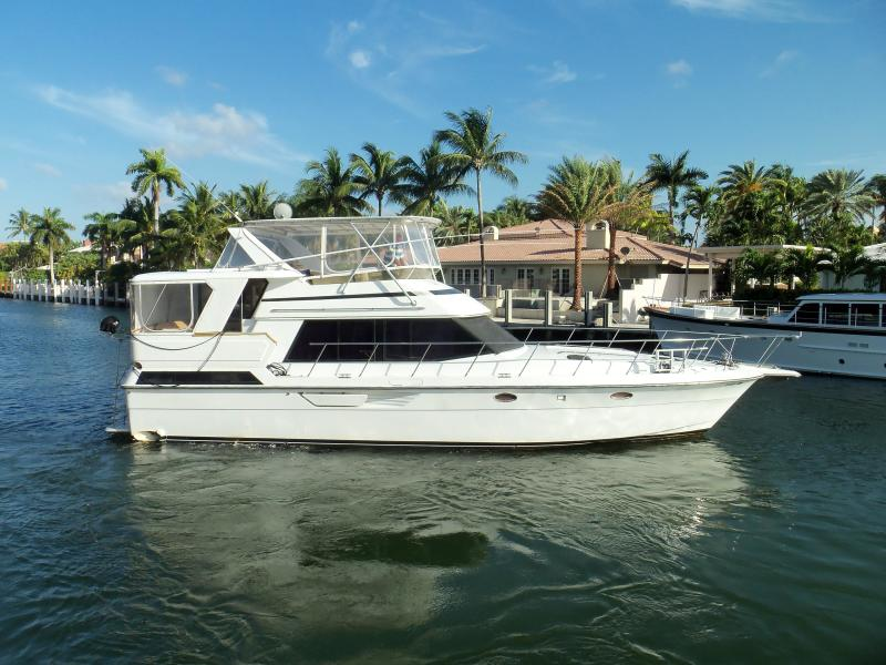 Photo of 46' Dyna Yachts Double Cabin M/Y 1988