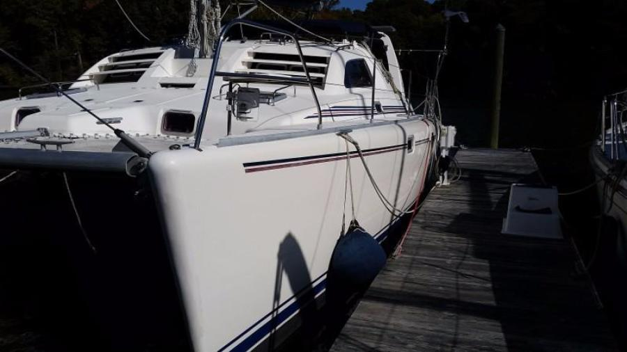 Photo of 38' Robertson & Caine leopard 38 2000