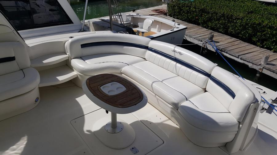 Cockpit Aft Settee