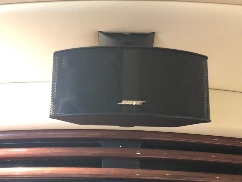 Salon - Bose Sound System