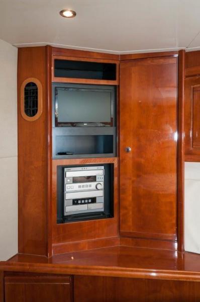 2003 67 Bertram Convertible Brittany Jean VIP Stateroom