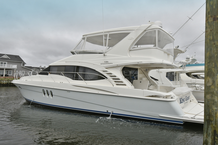 Silverton-52 Ovation 2009-King George Freeport-New York-United States-Port Side-1071436-featured