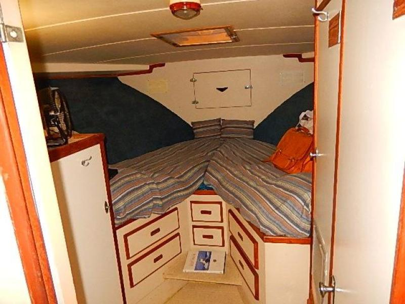 Guest stateroom forward