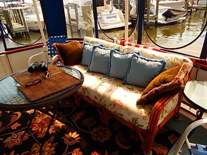 Gel memory foam couch
