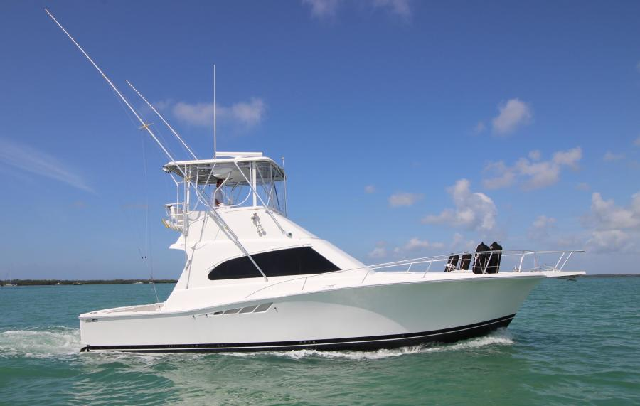 photo of 40' Luhrs Convertible 2001