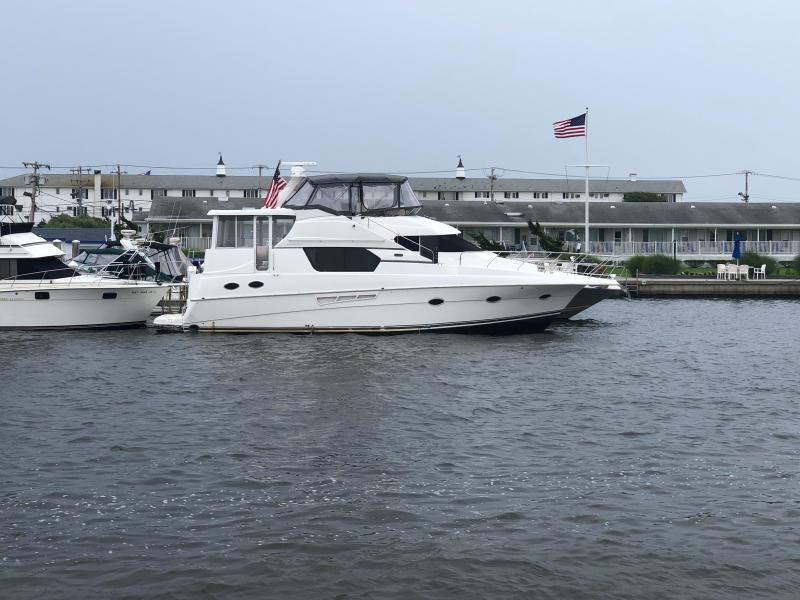 photo of 45' Silverton 453 Motor Yacht 1999