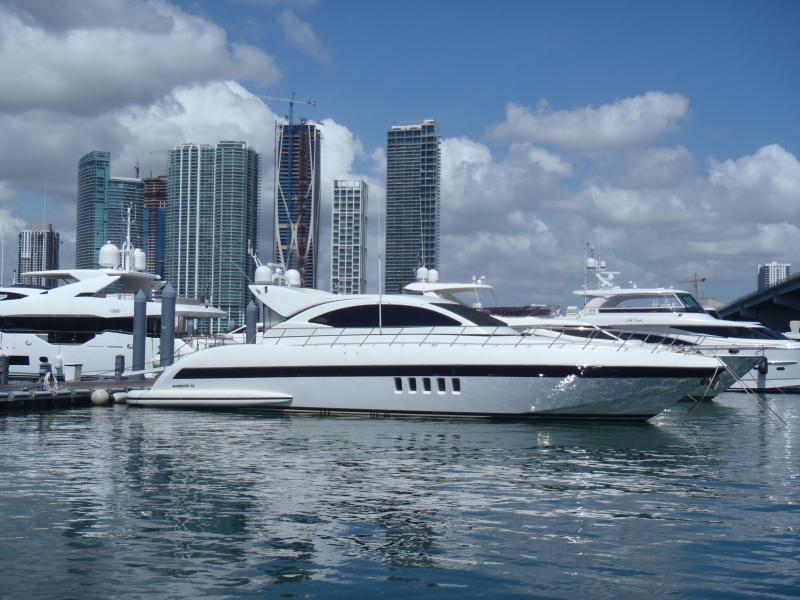 Mangusta-72 2006-YCM Miami-Florida-United States-Stbd side-1003813-featured