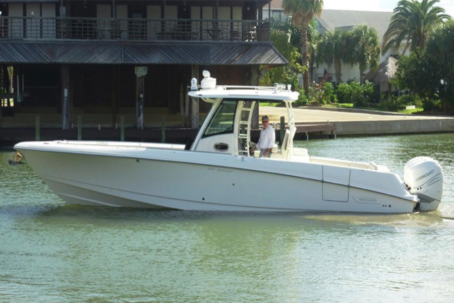 Boston Whaler 350 Outrage 2017 Woosah