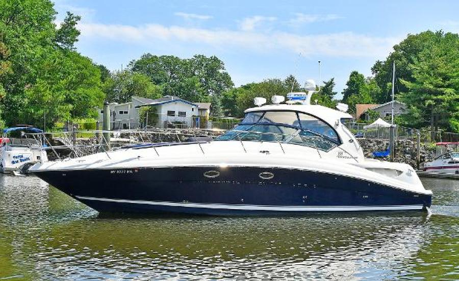 Sea-Ray-390-Sundancer-2004-Press-Luck-New-Rochelle-United-States-Port-Side-1047562-featured