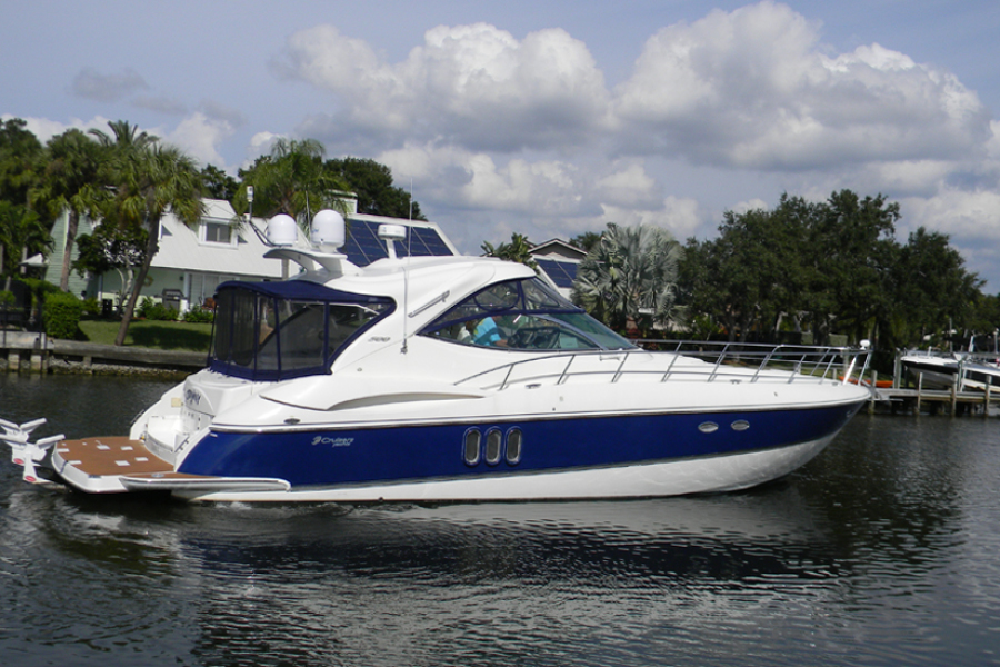 Photo of 50' Cruisers 500 Express 2005