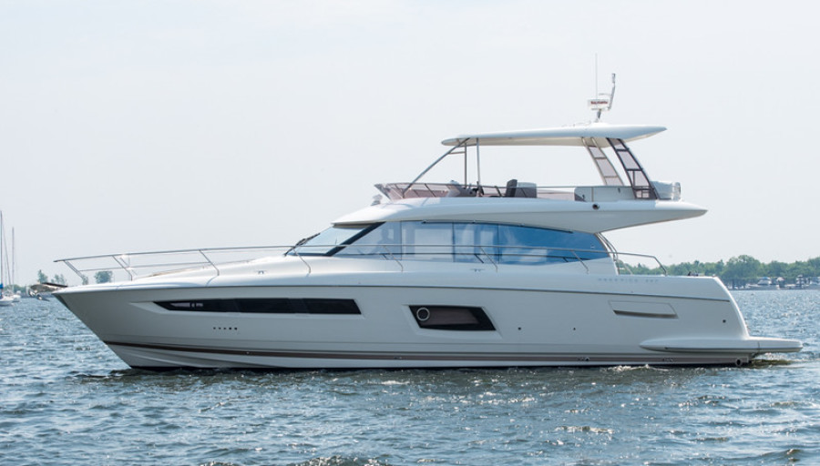 Prestige-550 Flybridge 2016-Distressor Rhode Island-Newport-United States-Port Side -1090565-featured