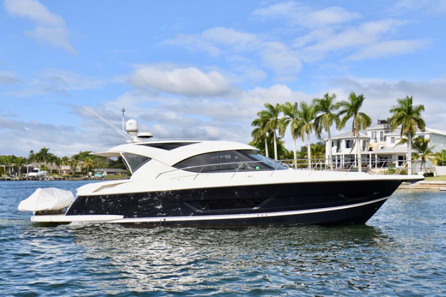 Riviera-44 Sport Yacht 2015-Gail Force Sarasota-Florida-United States-2015 Riviera 4400 Sport Yacht  Gail Force-1104633-featured