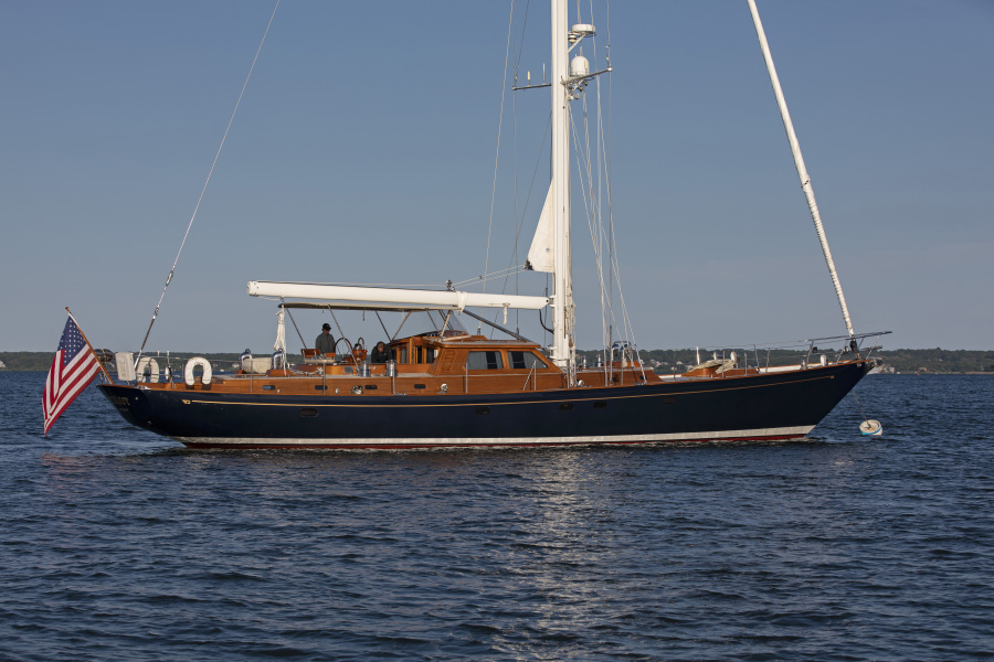 photo of 70' Hinckley Sloop 2002