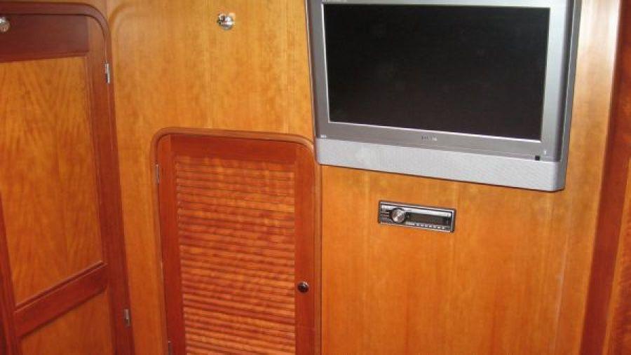 Hanging Locker - TV in Master