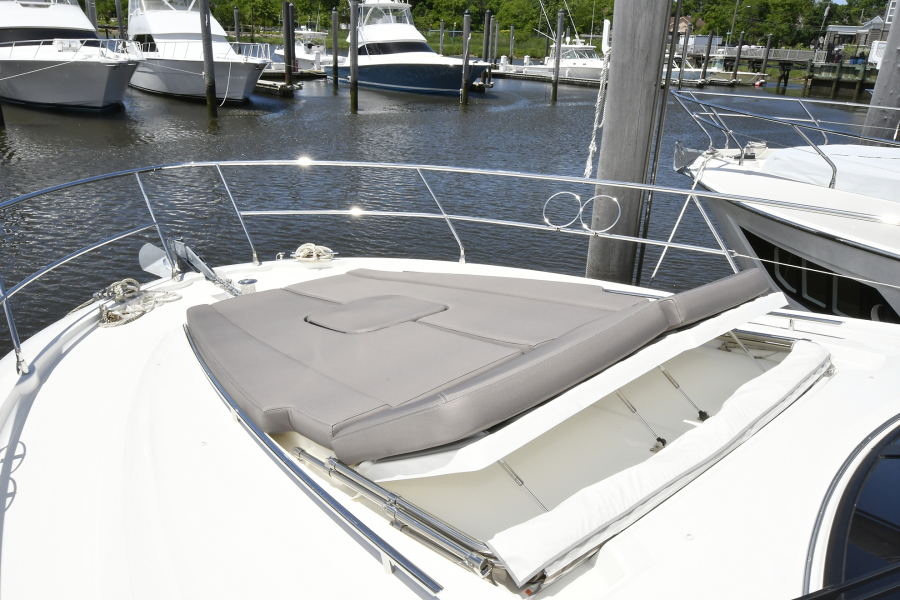 Foredeck Sunlounge