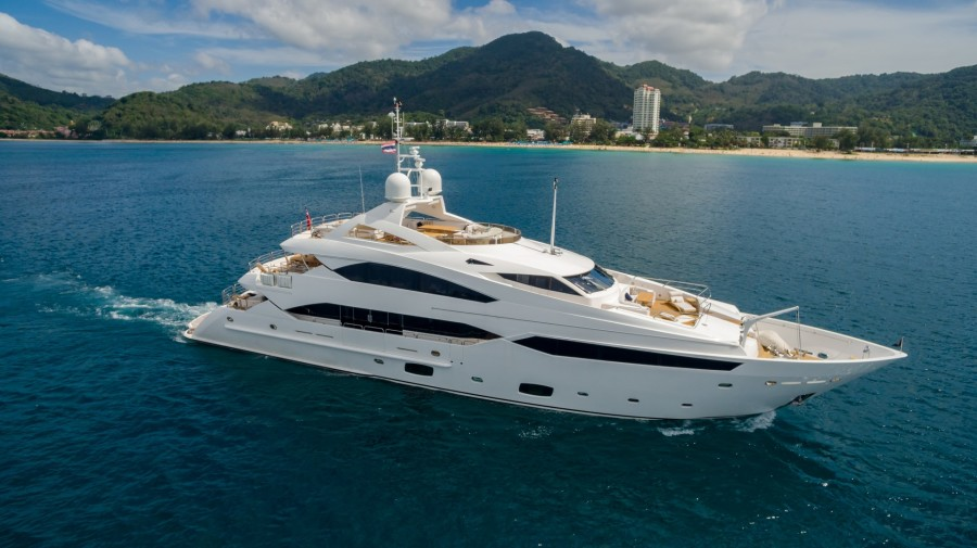 Photo of 131' Sunseeker 40 M Yacht 2010