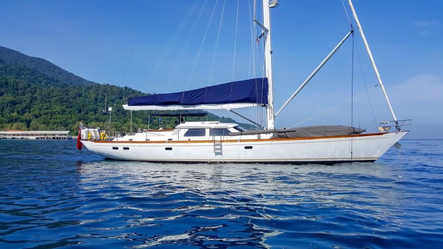 photo of 73' Sensation Yachts 1997