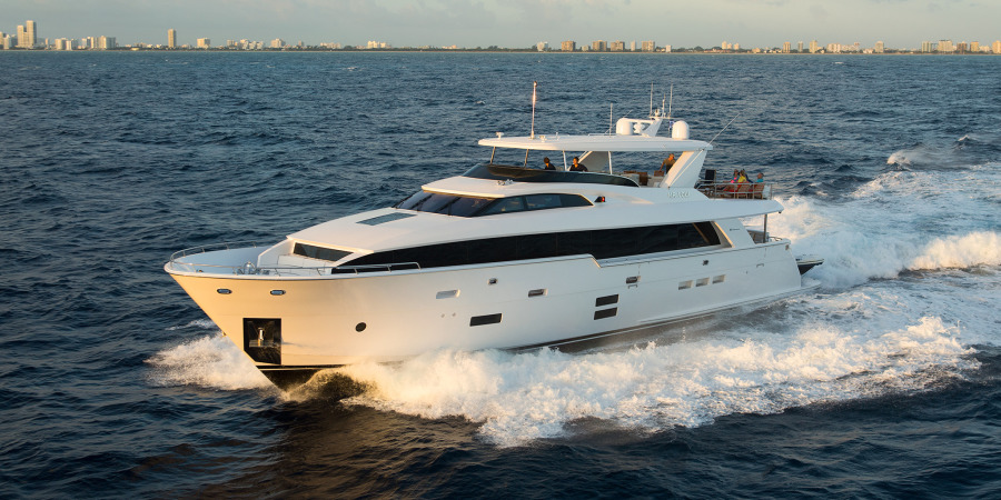 photo of 105' Hatteras Raised Pilothouse 2022