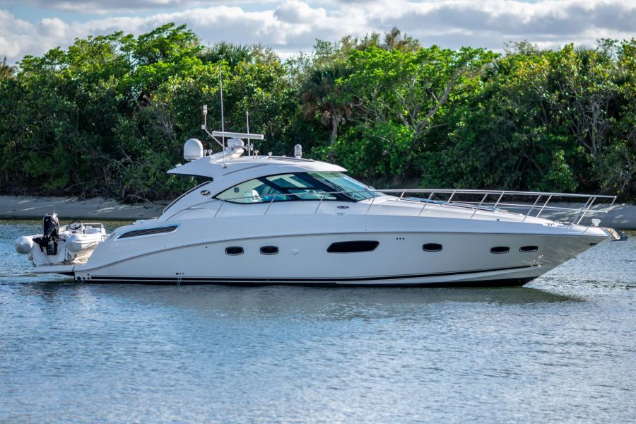 photo of 47' Sea Ray 470 Sundancer 2011