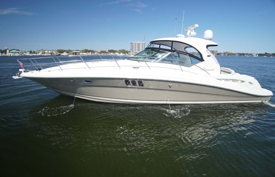photo of 44' Sea Ray Sundancer 2006