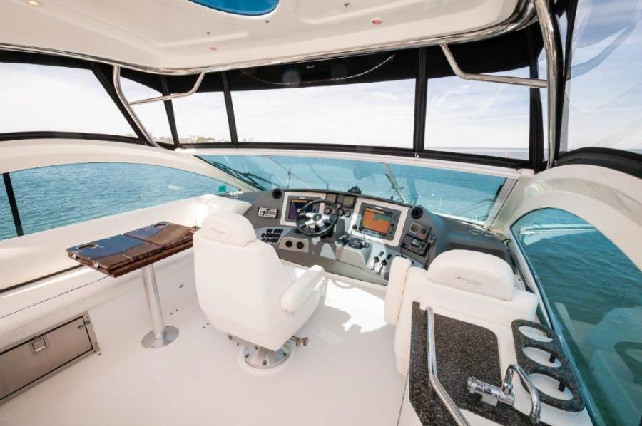 2006 47 Cruisers Flybridge