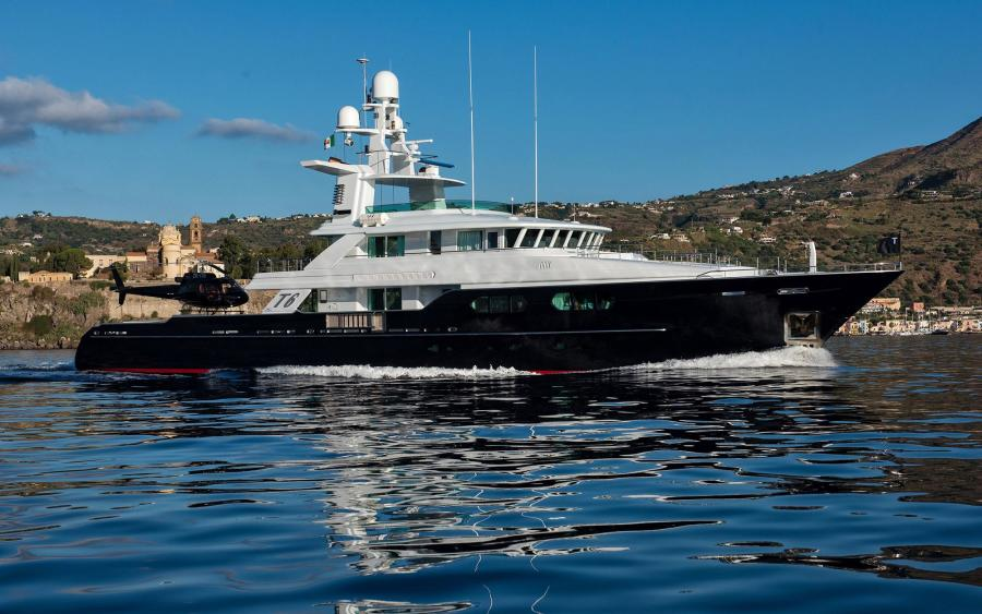 photo of 159' Custom Flyghtship Motor Yacht 2007
