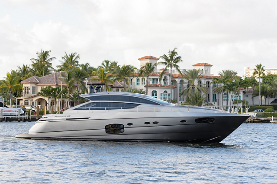 photo of 62' Pershing 62 2014