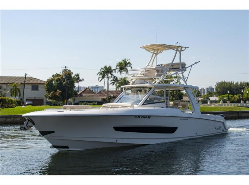 photo of 42' Boston Whaler 420 Outrage 2016