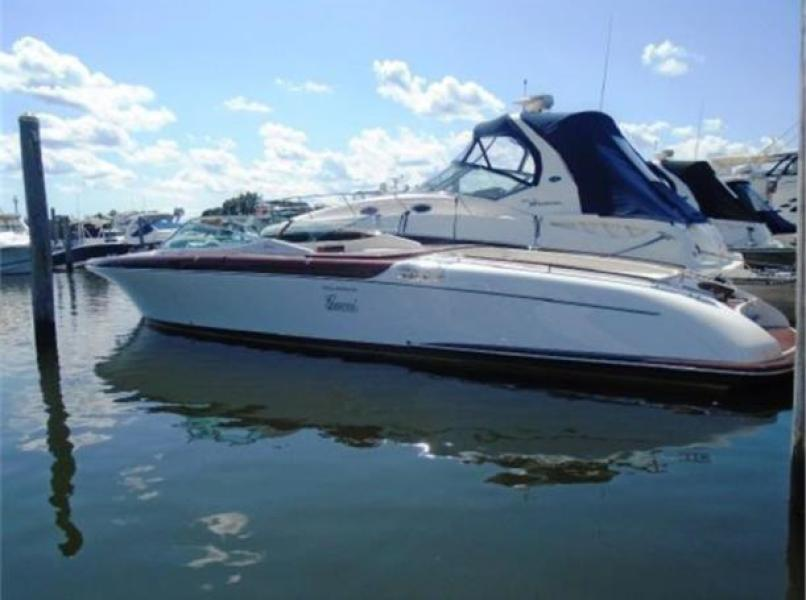 photo of 33' Riva Runabout 2013