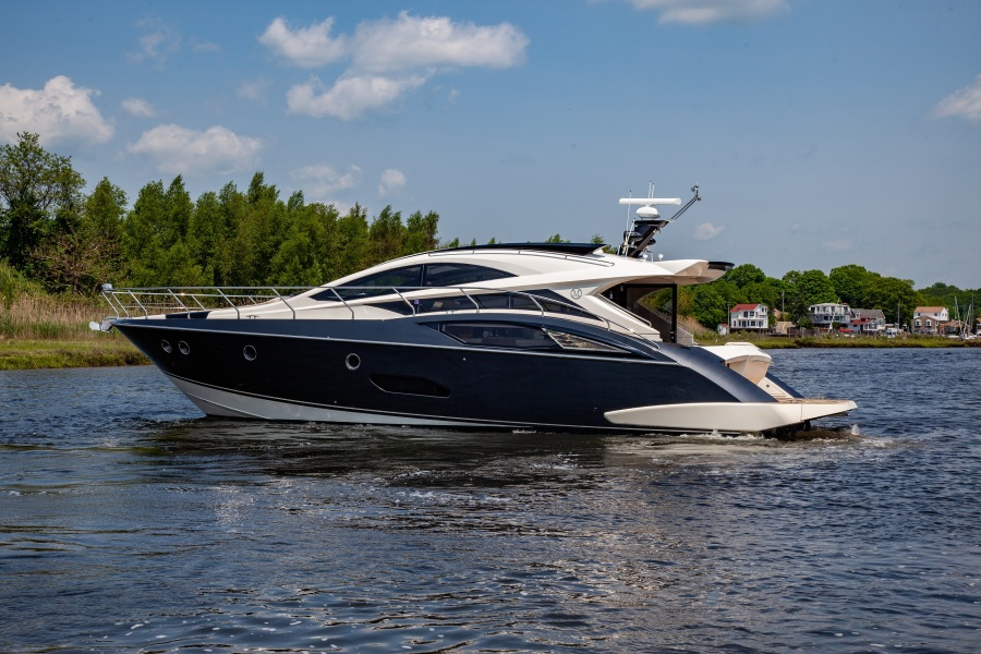 Marquis 500 Sport Coupe 2009-Prive Old Saybrook-Connecticut-United States-Port Side-1168104-featured