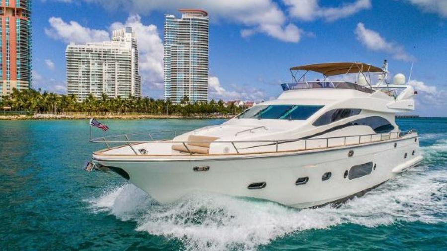 Joyce-78 2008-No Limits Miami Beach-Florida-United States-1184190-featured