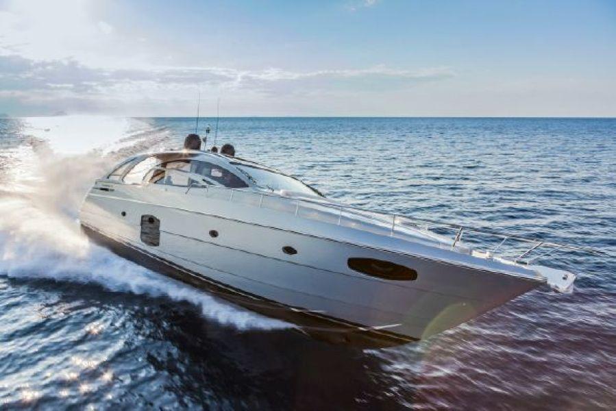 photo of 70' Pershing Motor Yacht 2017
