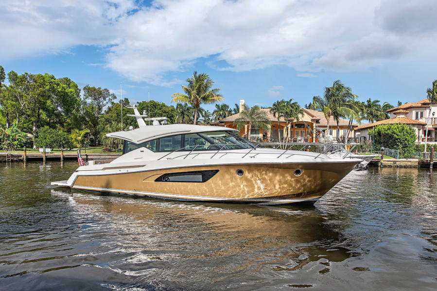 photo of 50' Tiara 50 Coupe 2015