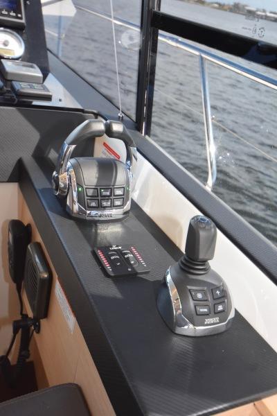 2017 Prestige 420 Flybridge - Sistership Helm Controls