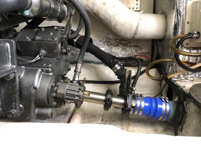 Starboard Transmission And Dripless Shaft Seal