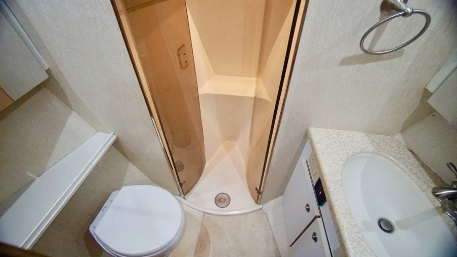 Master Head With Separate Shower