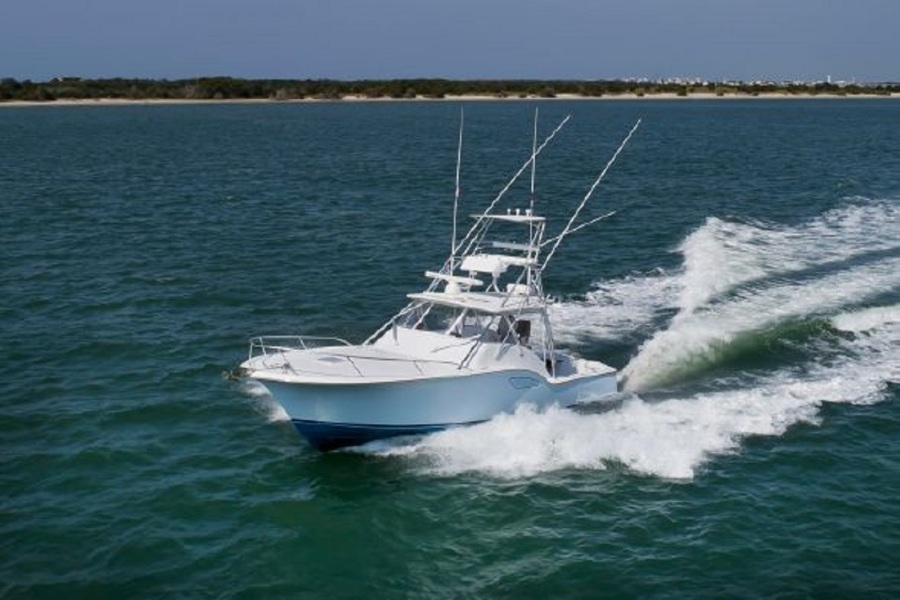 photo of 38' Luhrs 37 IPS Canyon Series 2011