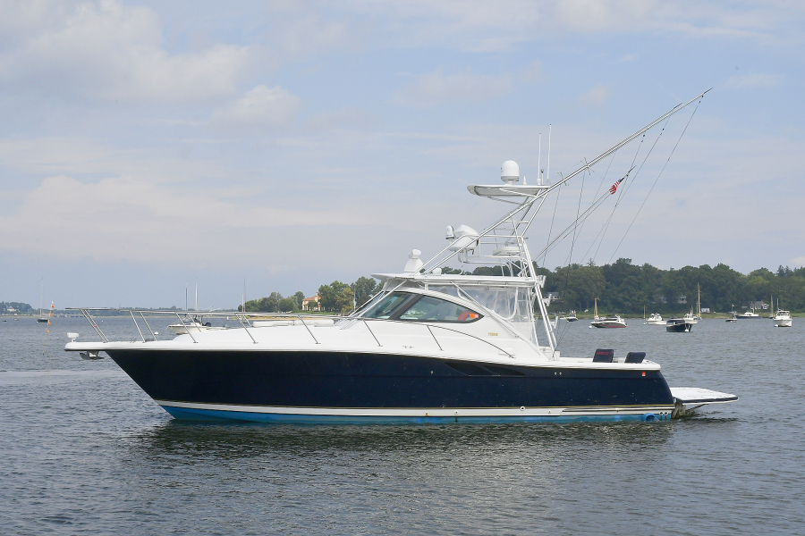 Tiara-3800 Open 2003-Catch 22 Oyster Bay-New York-United States-Port Side-1224898-featured