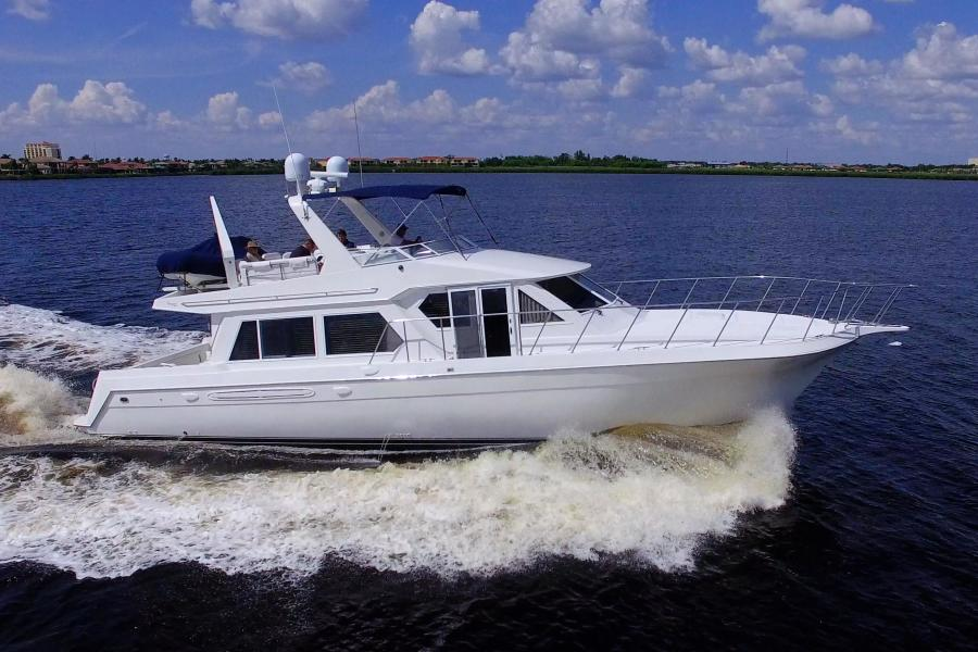 photo of 56' Navigator 56 Piothouse 2001