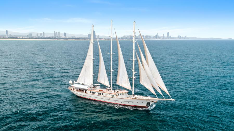 photo of 187' Aegean 2009