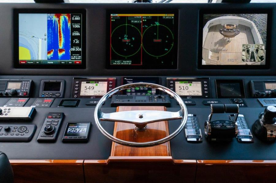 2017 72 EB Viking SHARE-E  Helm