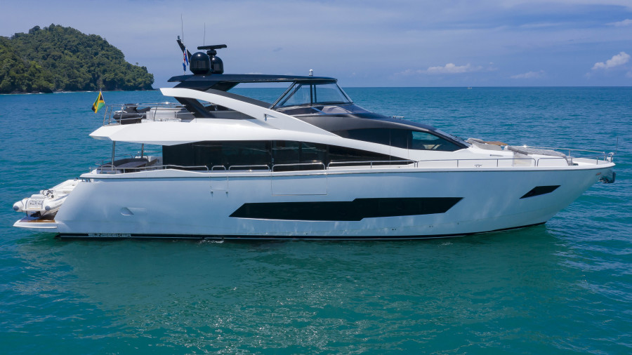 Photo of 86' Sunseeker 2016